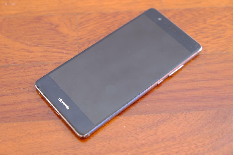 Huawei P9 fronte