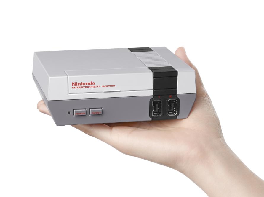 Nintendo NES Classic Edition in uscita a novembre con 30 giochi vintage