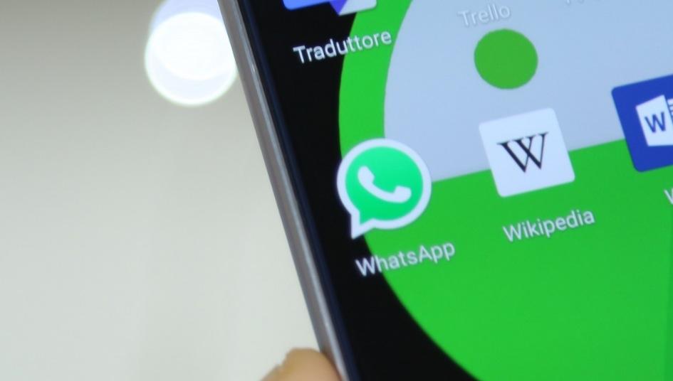 Sicurezza WhatsApp: chat eliminate non vengono cancellate del tutto