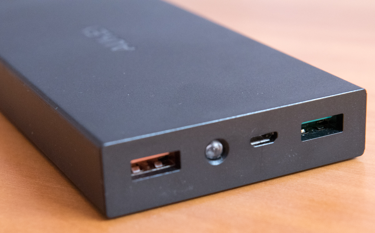 AUKEY PB T3 Quick Charge USB