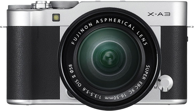 Fujifilm X-A3: prezzo e scheda tecnica della mirrorless giovane