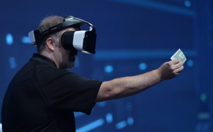Intel Project Alloy, visore per realtà virtuale e aumentata wireless