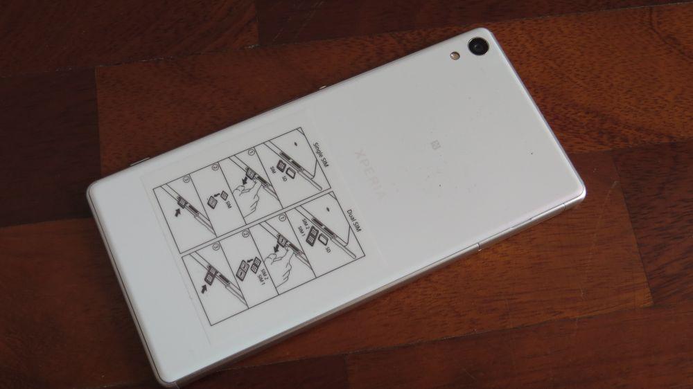 Sony Xperia XA Ultra retro