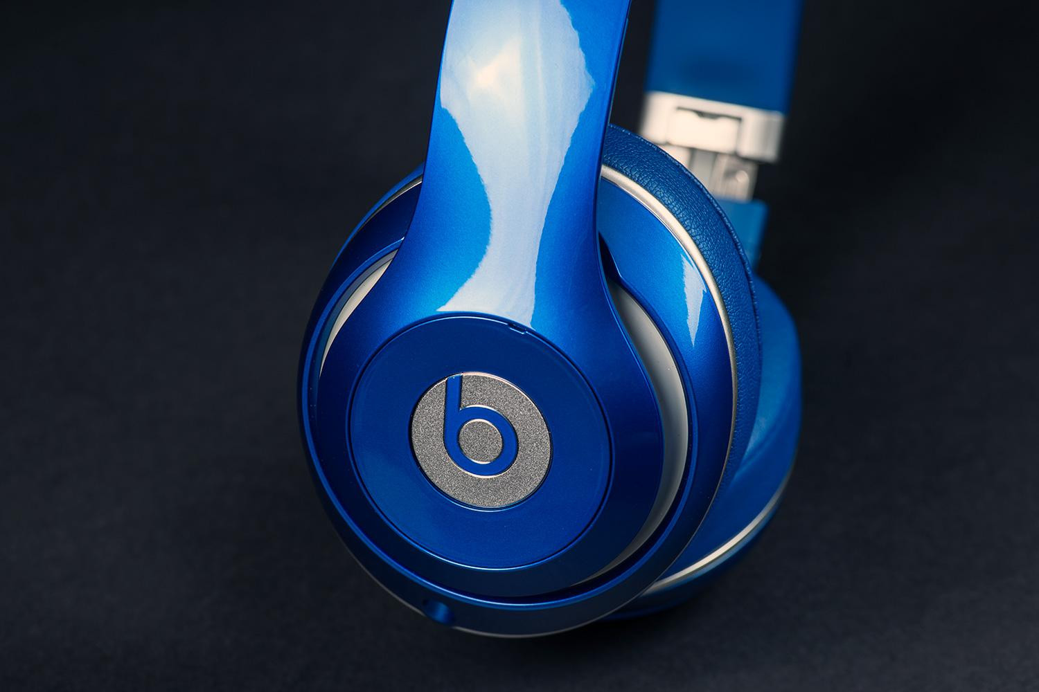 Beats wireless Lightning