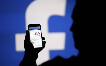 Facebook raggira i suoi investitori?