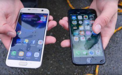 iPhone 7 vs Samsung Galaxy S7: chi resiste di più all'acqua?