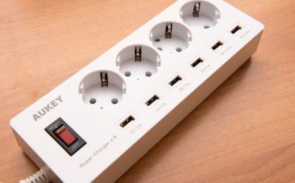 Ciabatta elettrica AUKEY PA-S4: recensione della multipresa con 6 porte USB
