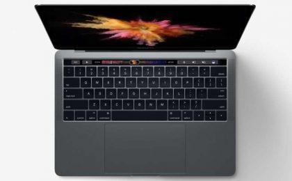 MacBook Pro 2016 con Touch Bar: l'hard disk SSD è saldato