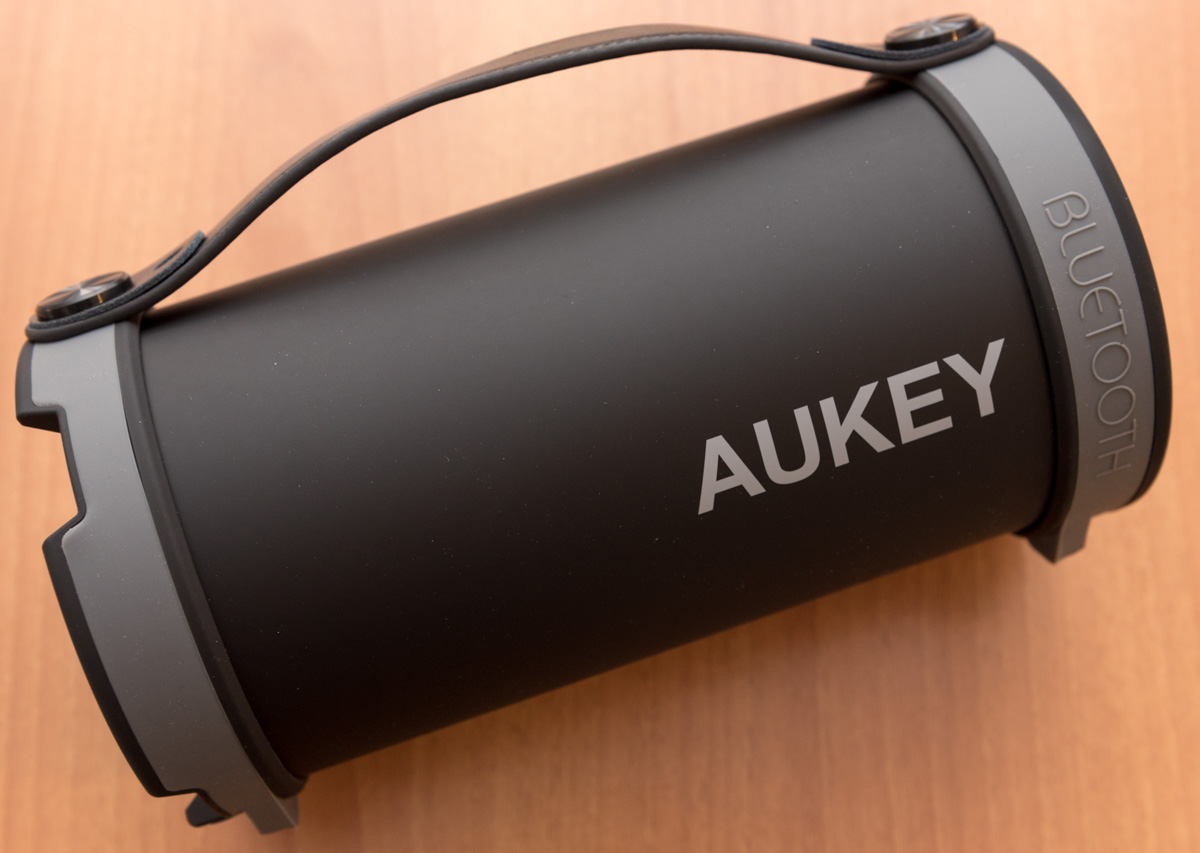 AUKEY Altoparlante wireless Bluetooth portatile SK M18