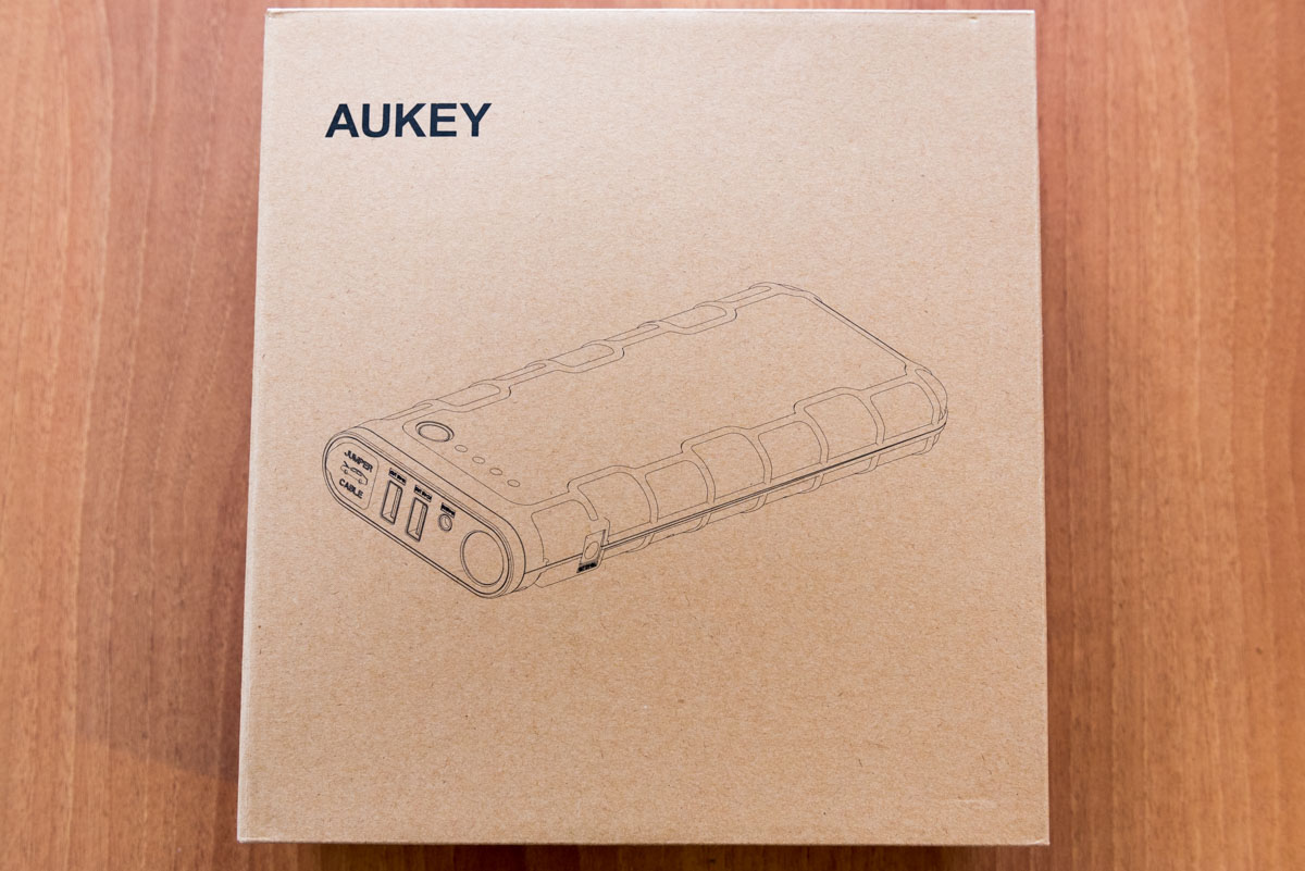 AUKEY Avviatore d'emergenza da auto PB C13 scatola