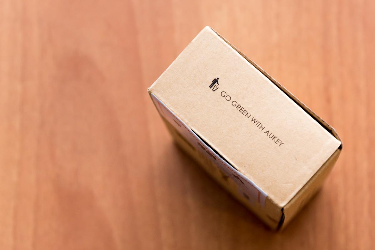 Lato scatola AUKEY PB N37