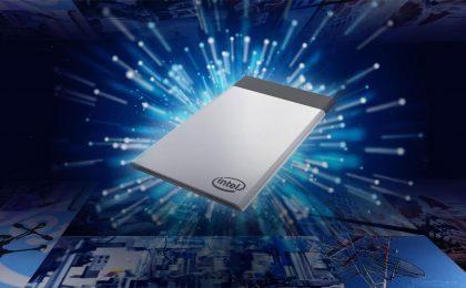 Intel Compute Card, mini PC che entra nel portafoglio