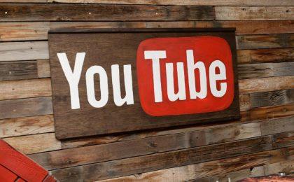 YouTube testa la chat social di gruppo