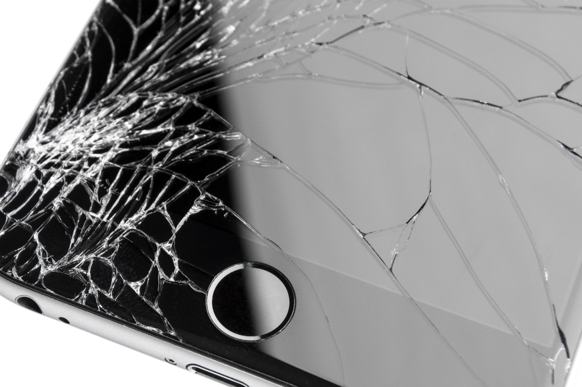Schermo rotto: riparazione e garanzia telefono