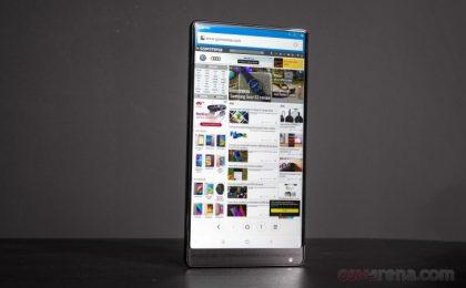 Xiaomi Mi Mix 2 con tutto schermo AMOLED e (quasi) zero bordi