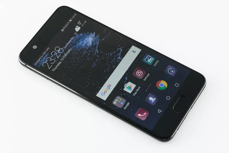 Huawei P10 vs Huawei P9: il confronto
