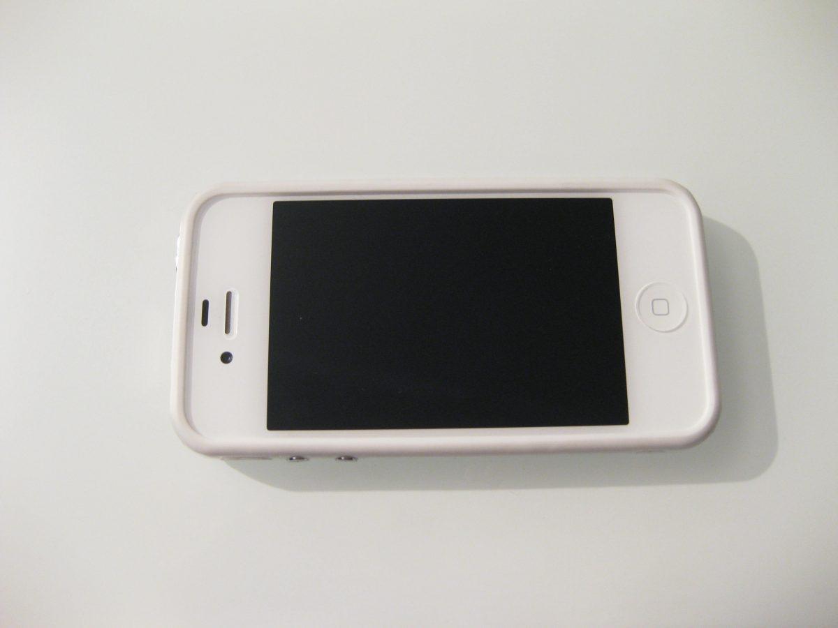 iphone x acceso ma schermo nero