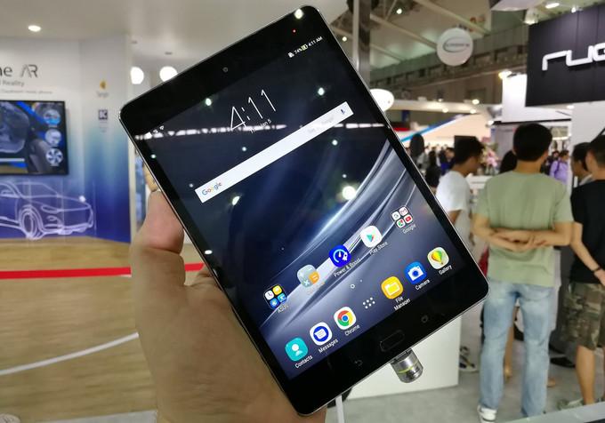 Asus annuncia ZenPad 3S 8.0 un nuovo super tablet