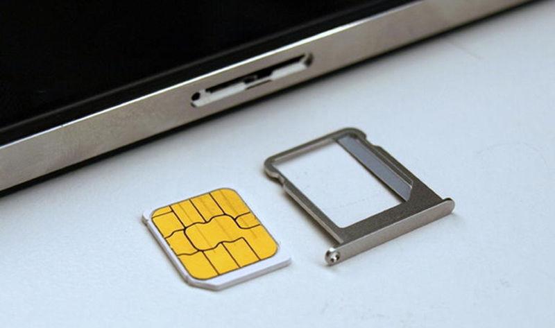 SIM iPhone contatti