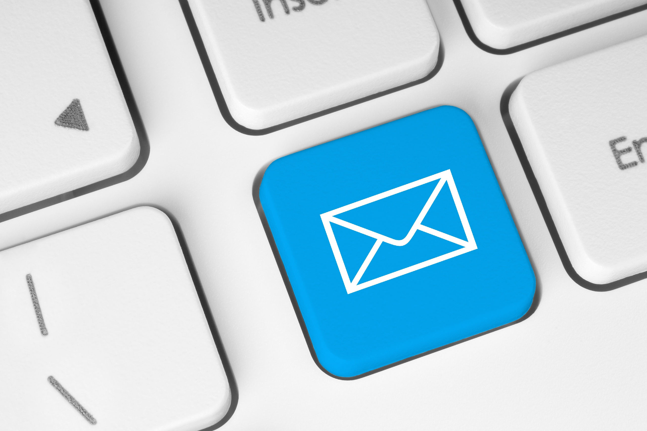 Scoprire email contatto Facebook