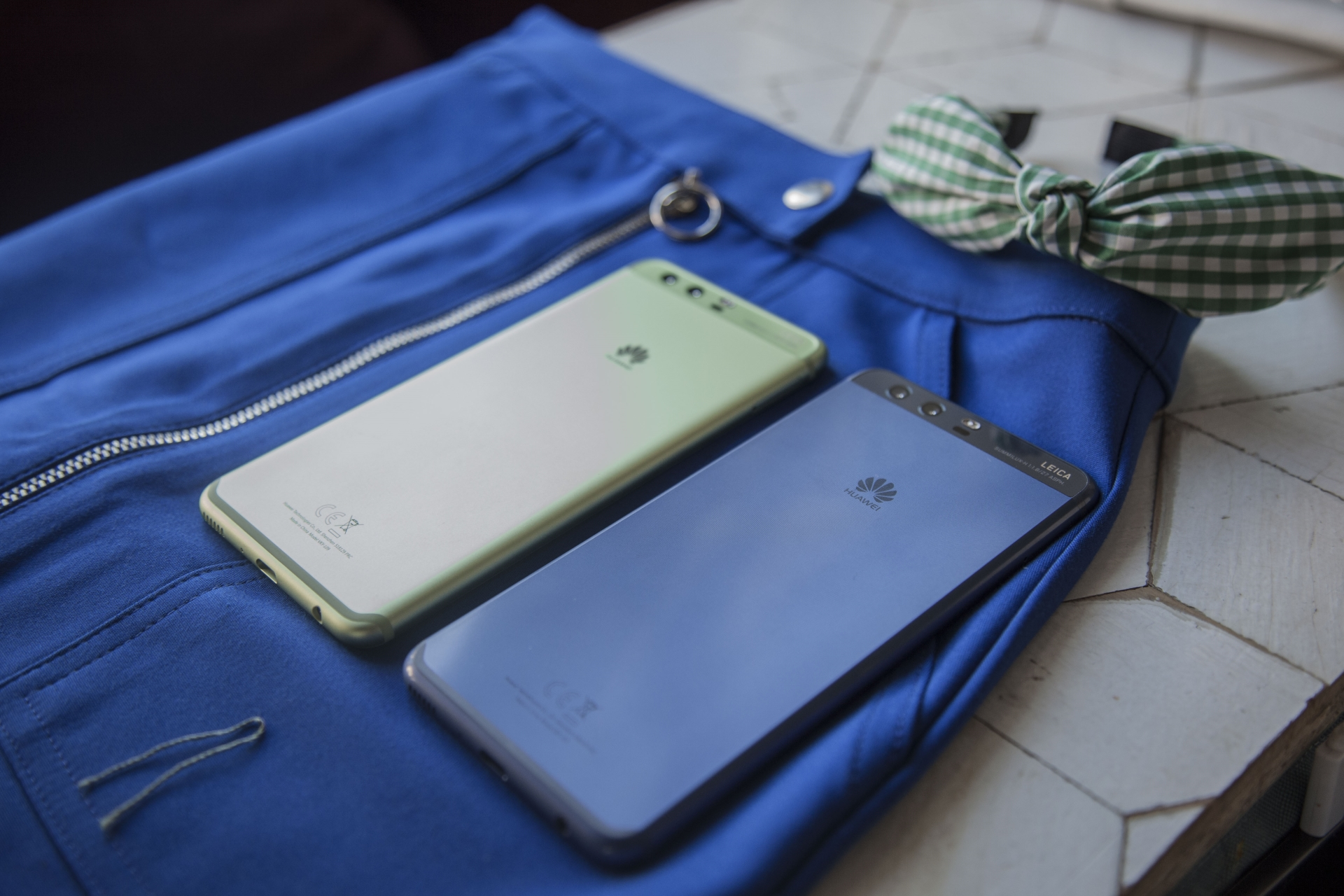 Huawei P10 e P10 Plus nei colori Greenery e Dazzling Blue con Pantone