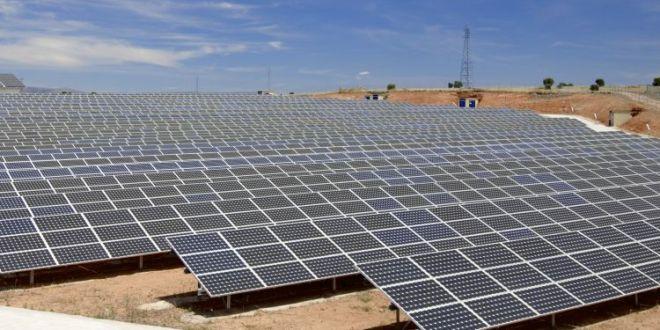 La vernice pannello solare che sfrutta l'umidità dell'aria