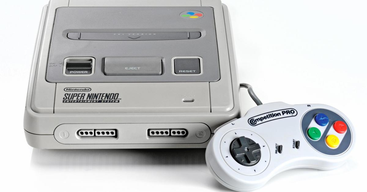 super nintendo mini vista frontale