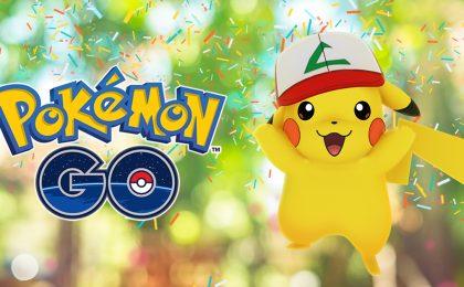 Pokemon Go evento anniversario: Pikachu con cappello Ash e gift box