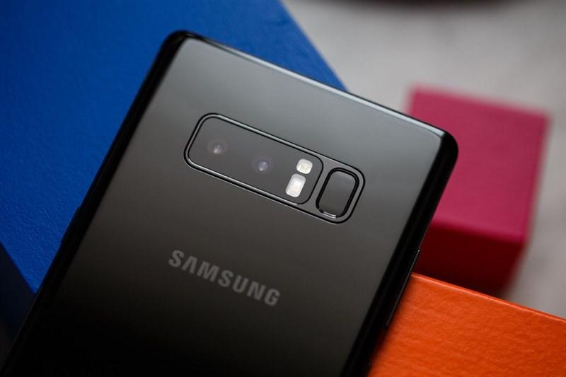 Samsung Galaxy Note 8: doppia fotocamera con zoom 2x e OIS
