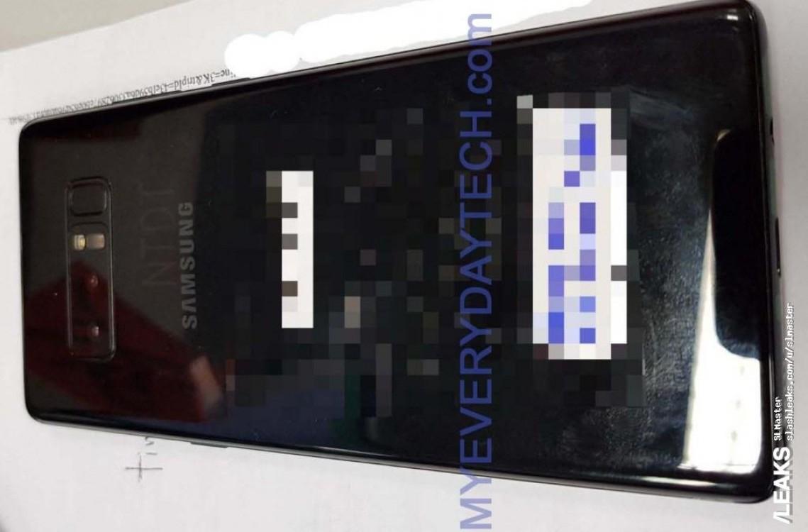 Samsung Galaxy Note 8: le foto rubate raccontano l'estetica
