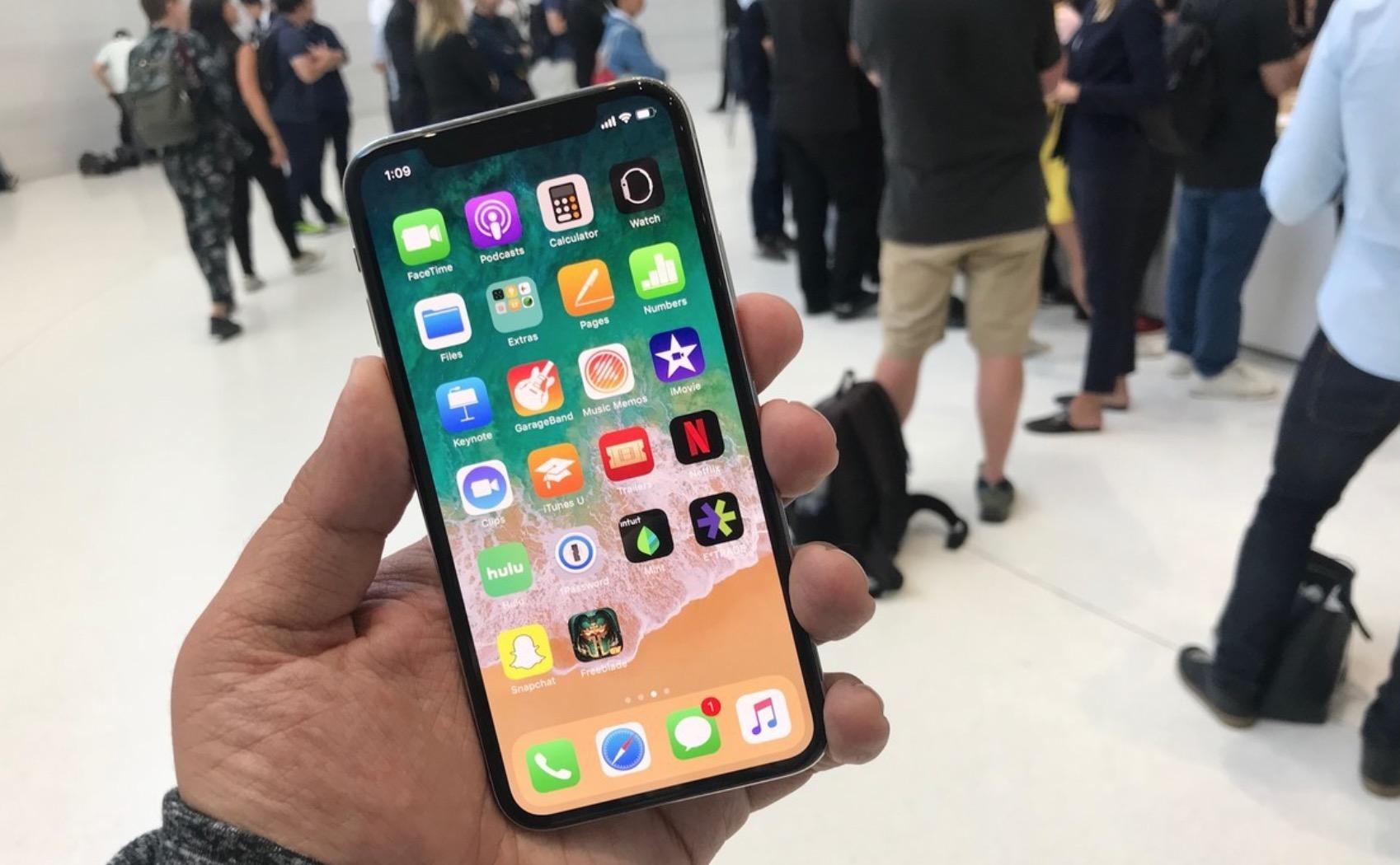 OLED display iPhone X