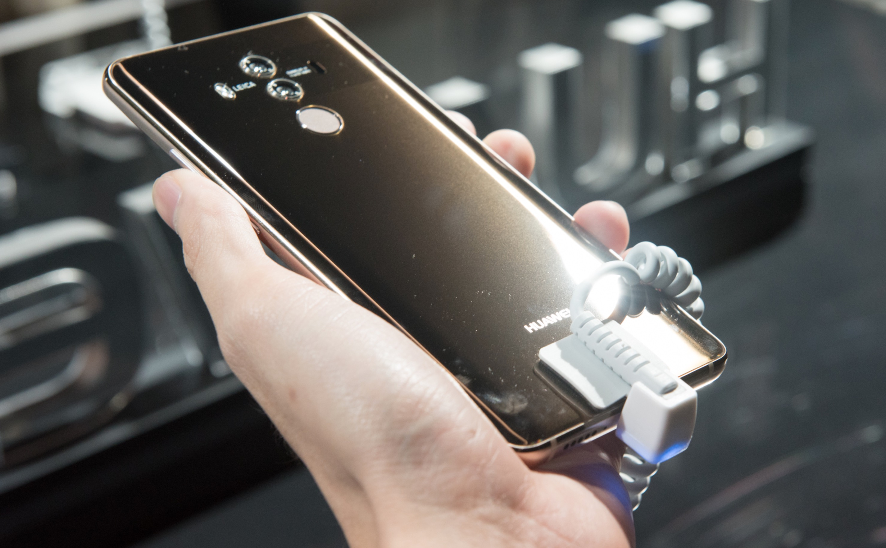 Huawei Mate 10 Pro schermo OLED