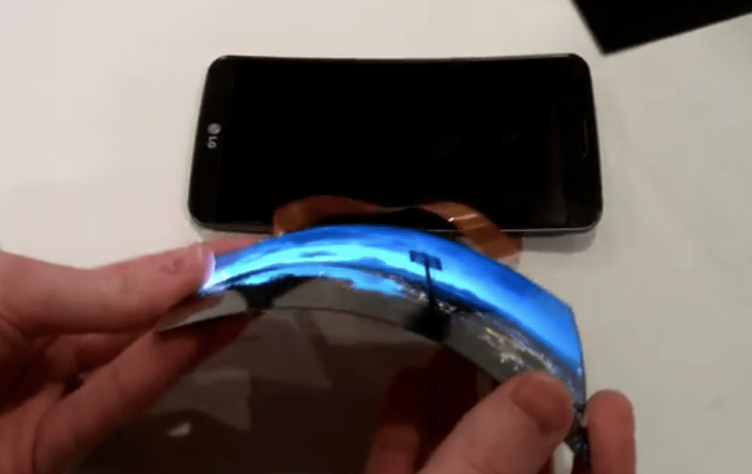 LG Display OLED pieghevole