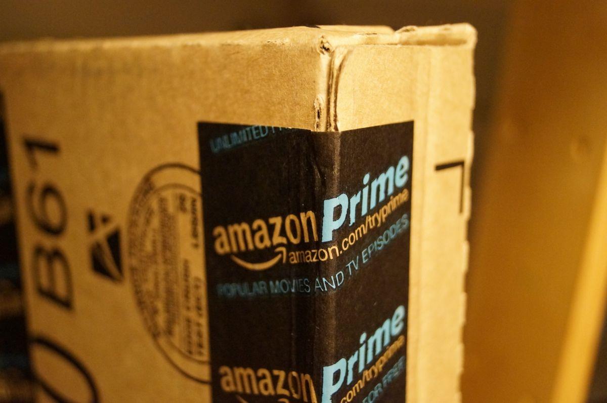 Dentro al pacco Amazon trovano 30kg di marijuana