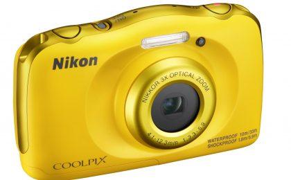 Nikon Coolpix W100: prezzo, caratteristiche e disponibilità