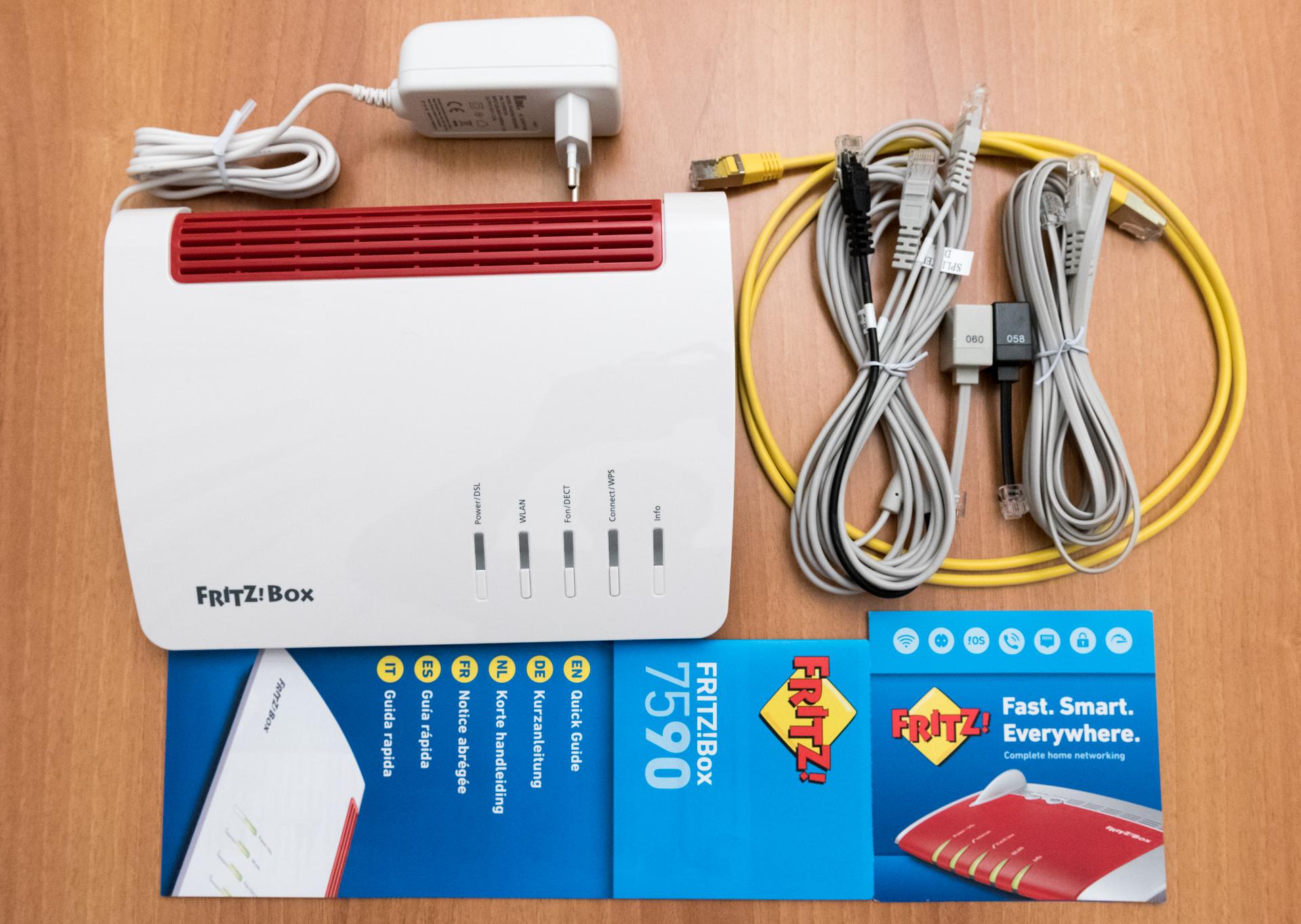 Unboxing e accessori FRITZ!Box 7590