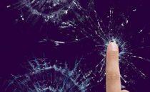 Schermo rotto: i migliori sfondi per telefono da usare