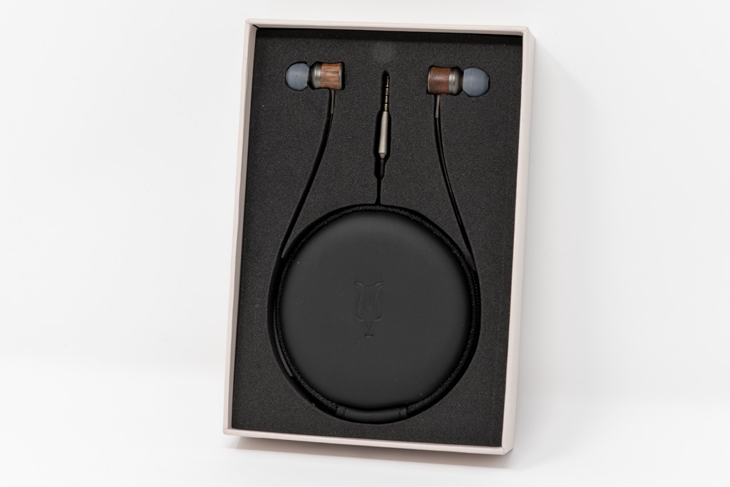 Meze Audio 12 Classics: recensione completa auricolari alta fedeltà
