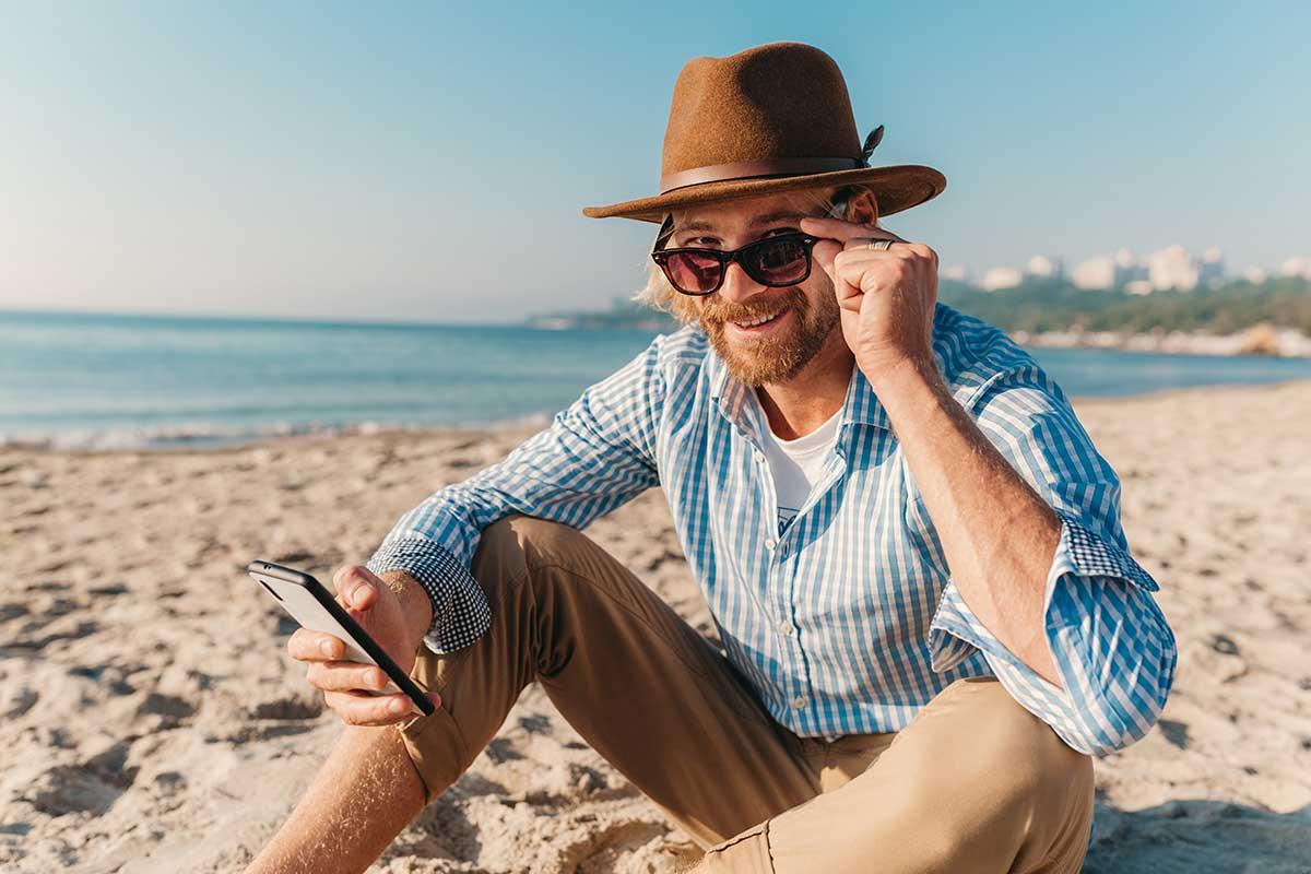 Cosa portare in vacanza, gadget high-tech e accessori per lo smartphone
