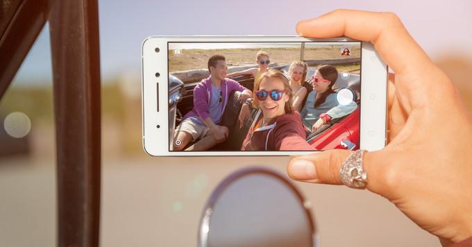 Lenovo Vibe S1 selfie