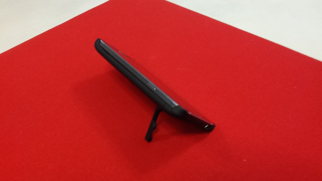 Samsung Galaxy Note 4 con stand