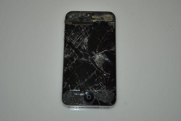 Vetro iPhone distrutto