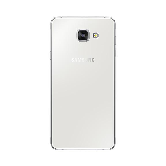retro Galaxy A7 2016